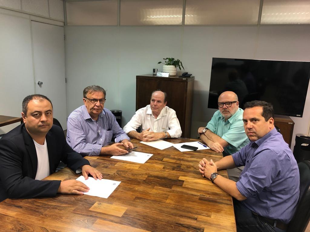 Reunião realizada no DER/MG